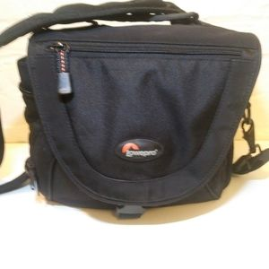 Lowepro nova 3 aw camera/travel  bag